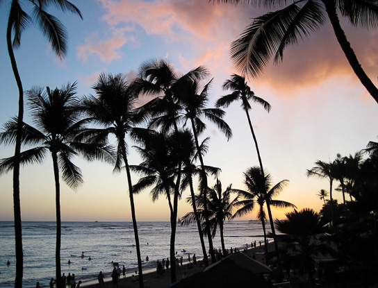 The sunset view from our table at the Hula Grill, Waikiki, Oahu.  Photo © Carl Amoth