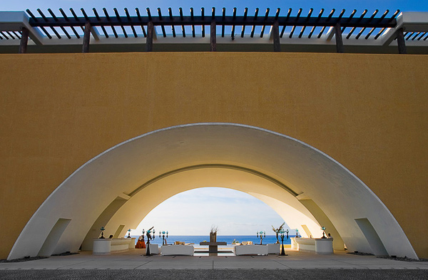 The lobby of the Marquis Los Cabos