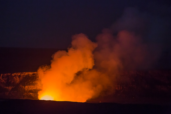 Kilauea Caldron, Volcanoes National Park, Hawaii. © Carl Amoth